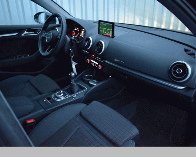 Audi Audi A3 III 1.6 TDI 110ch Sport