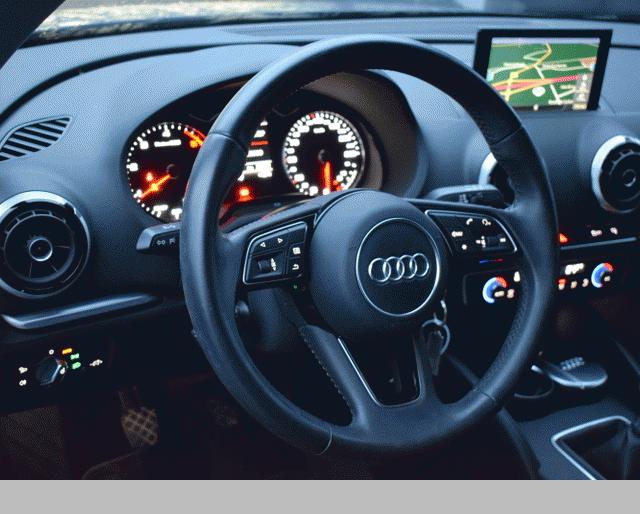 Audi Audi A3 1.6 TDI 105 SB Sport 299€/mois